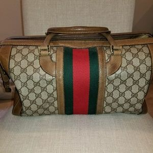 Gucci Bags - Authentic Vintage Gucci Doctor s Duffle 5a2569fd2